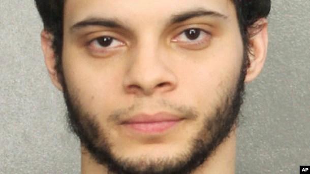Foto proporcionada por la Oficina del Sheriff de Broward, muestra al sospechoso Esteban Ruiz Santiago, de 26 años.