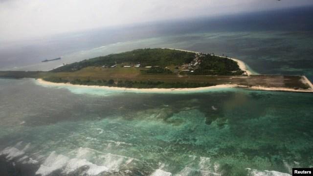 Ảnh chụp từ trên không cho thấy đảo Thị Tứ thuộc nhóm đảo Trường Sa đang tranh chấp đảo ở Biển Đông.