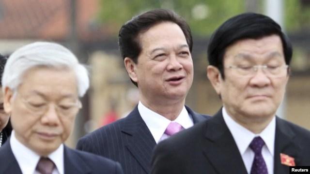 Tổng Bí thư Nguyễn Phú Trọng, Thủ tướng Nguyễn Tấn Dũng, Chủ tịch nước Trương Tấn Sang.