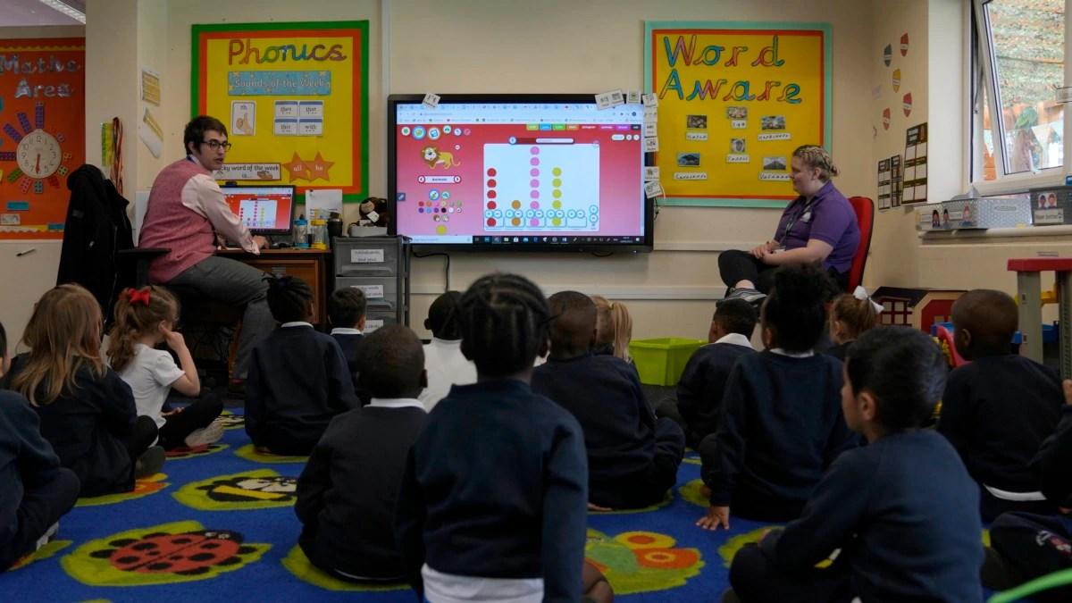 Sejarah Warga Kulit Hitam Jadi Bagian Wajib dari Kurikulum Sekolah di Wales.