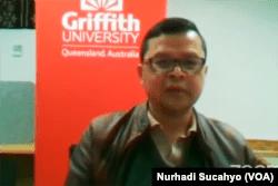 Epidemiolog Universitas Griffith, Australia, Dicky Budiman, dalam tangkapan layar. (Foto: VOA/Nurhadi Sucahyo)