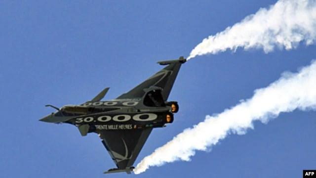 Máy bay phản lực chiến đấu Rafale