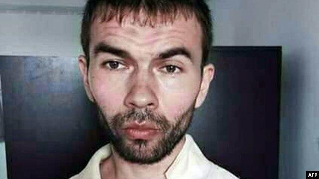 Adem Karadag, một trong hai người nước ngoài bị bắt vì liên quan tới vụ tấn công đền Erawan hôm 17/8, đã đi từ Việt Nam tới một quốc gia láng giềng có chung biên giới với Thái Lan.