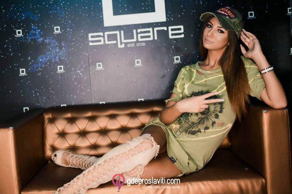 klub square 2