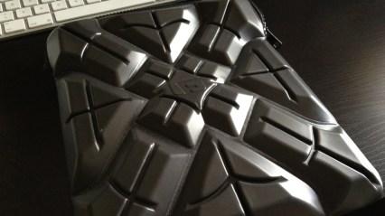 G-Form Extreme Sleeve 04