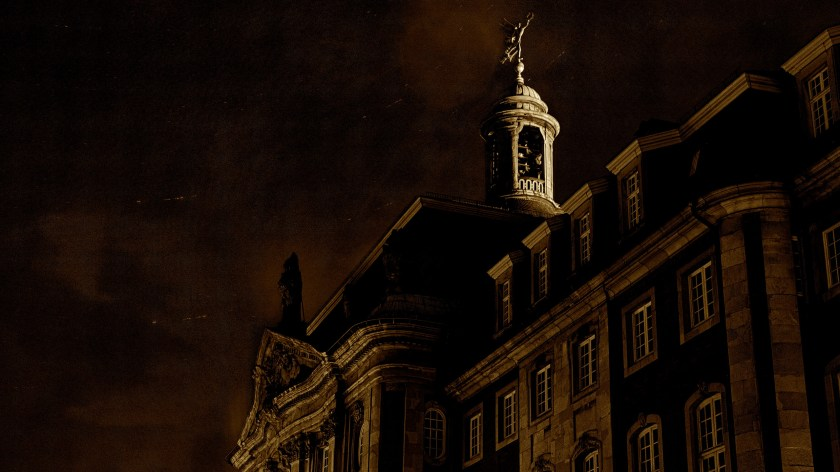 Münster-Schloss-at-Night-Wallpaper