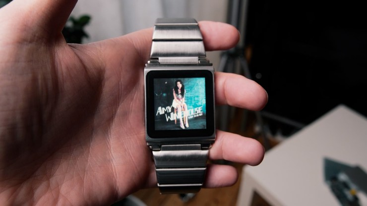 Retro SmartWatch iPod Nano 22