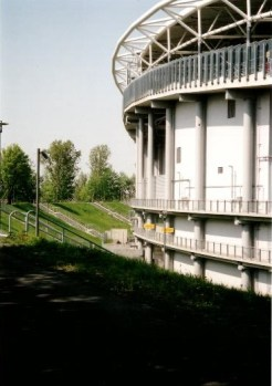 The new Zentralstadion built for the 2006 World Cup inside the bowl of the original structure (photo: author).