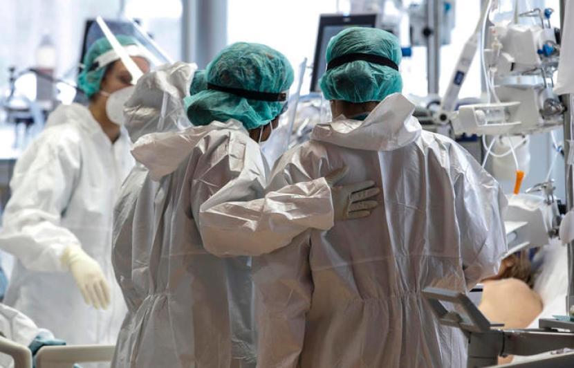 Asp al lavoro per rintracciare i 3 mila medici e infermieri no vax in  Sicilia: raffica di sospensioni in vista - Giornale di Sicilia