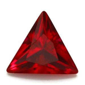 Rubino gemma triangolare