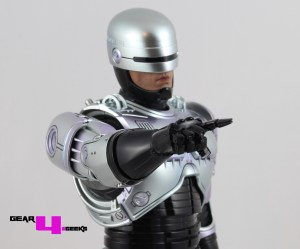 Hot Toys Robocop Review