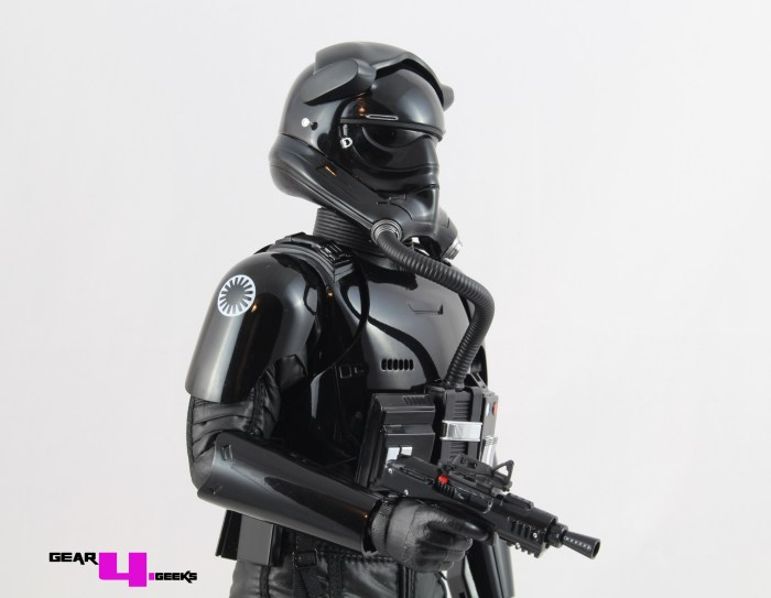 Star Wars Force Awakens First Order TIE Fighter Pilot Hot Toys