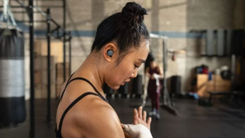 The new Google Pixel Buds might be more aware of my surroundings than I am