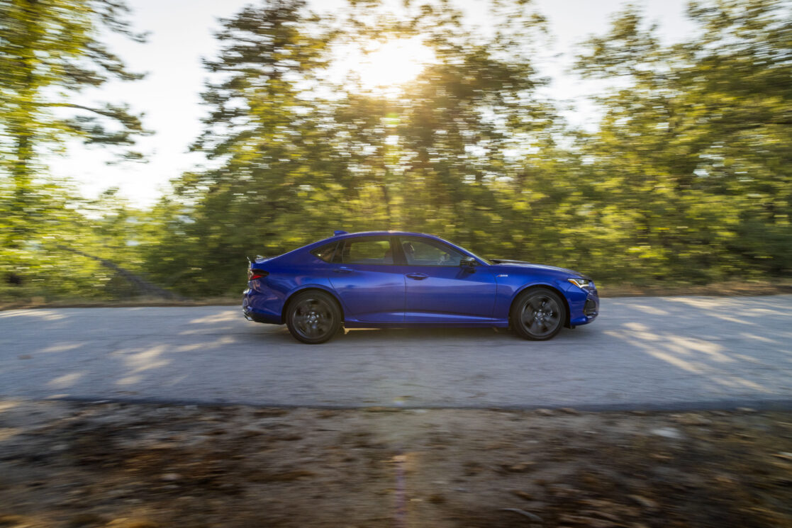 How to enjoy your 2021 Acura TLX DURING your Zoom call