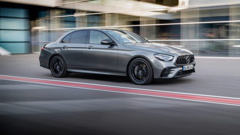 Why the 2021 Mercedes-Benz AMG E 53 steering wheel feels like an Xbox controller