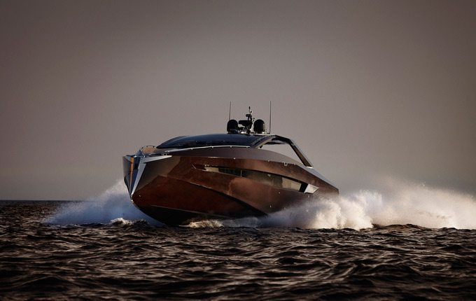Hedonist Yacht 2
