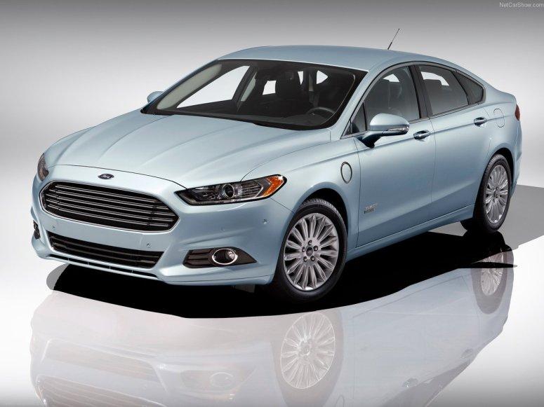 2013 Ford Fusion Energi | Sportier, More Aggressive and Green 2