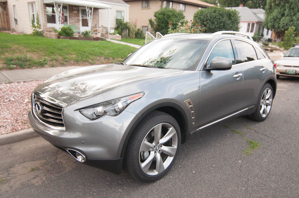 Infiniti FX50 S Review -- Review 25