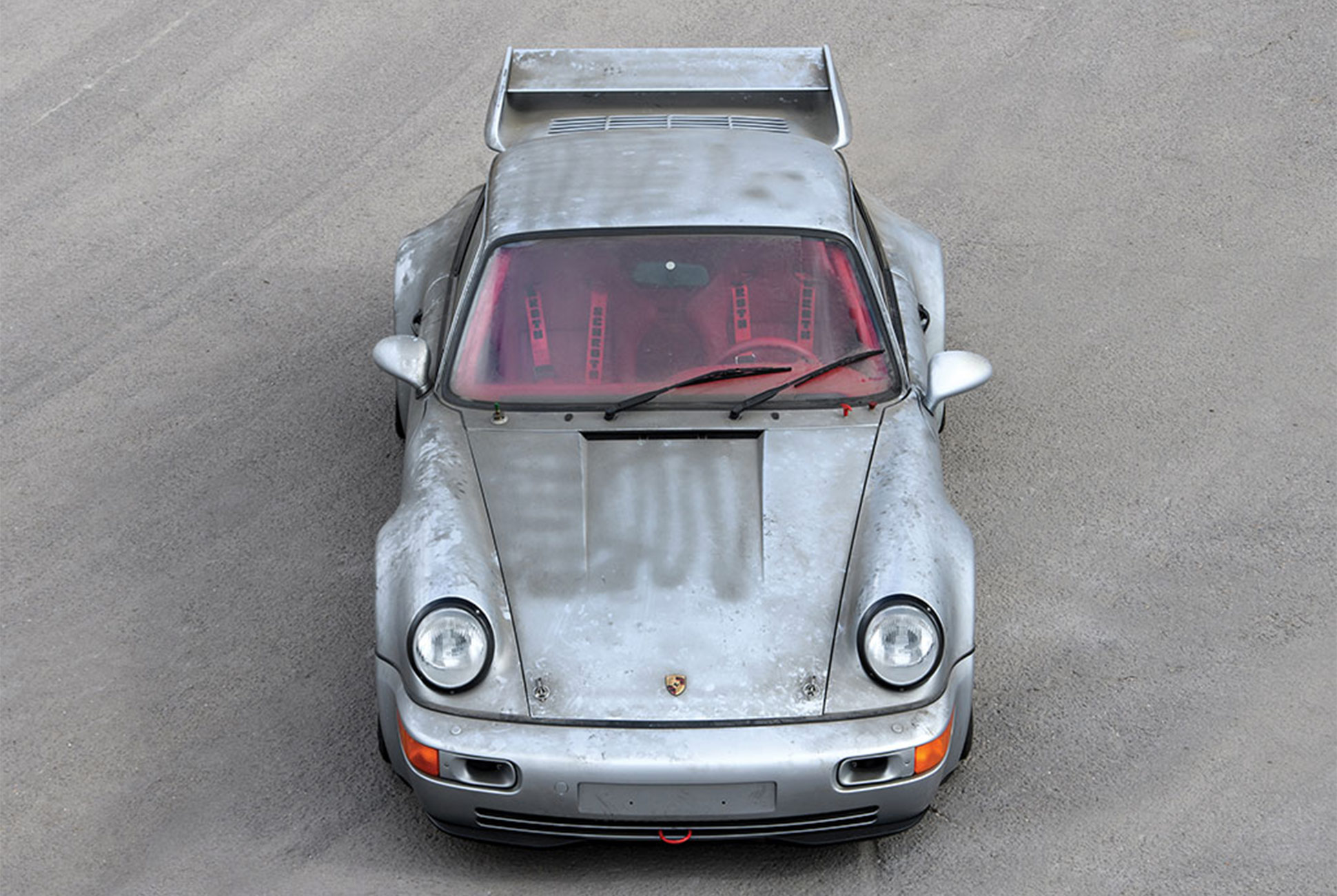 A 1993 Porsche 911 Carrera RSR 3.8 with Only 10 KM on the Odometer is Going to Auction 9