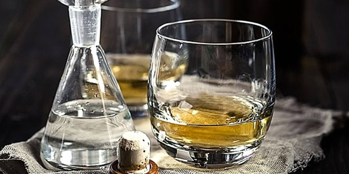 Science Agrees, Adding a Little Water to Whiskey Does Open it Up 1