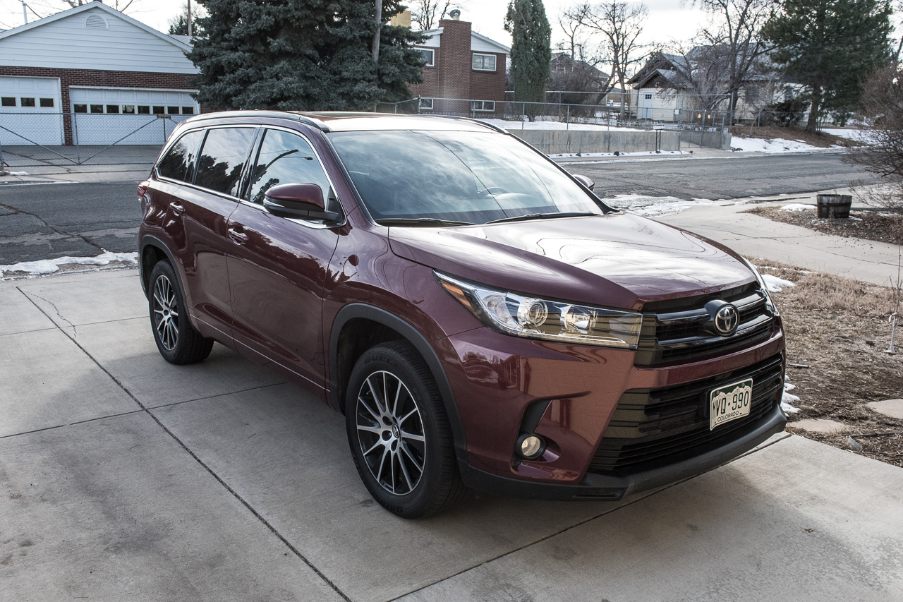 2017 Toyota Highlander Review 21