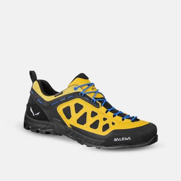 Snag This Great Deal on Salewa Approach Shoes for Summer Hiking & Climbing 33