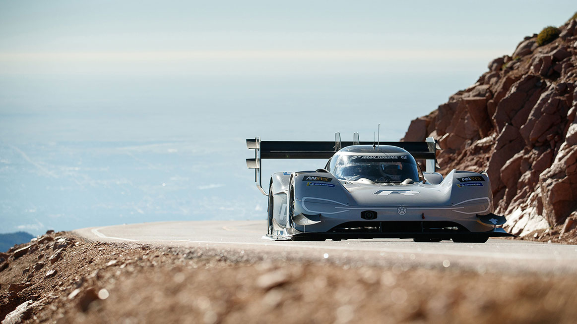 Volkswagen Takes World Record on Pikes Peak 2