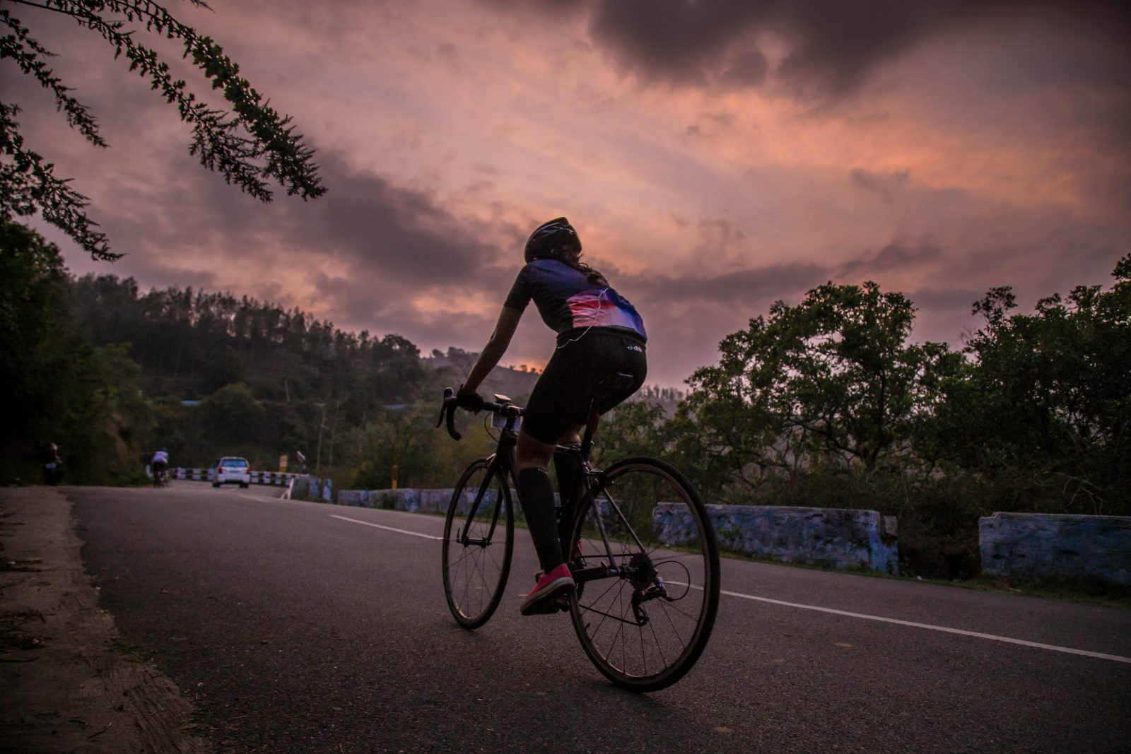 Home Roads Podcast Talks to Pro Cyclists as They Ride Their Favorite Routes 4