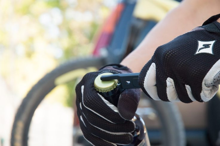 Snēk Cycling Launches the Lifeboat Tire Lever 5