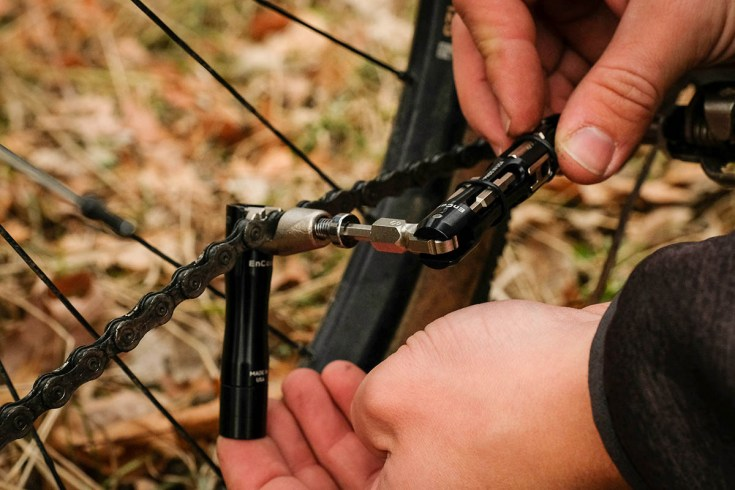 Wolf Tooth Components EnCase System Hides All the Tools Inside Flat or Drop Bars 8