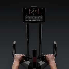 Wattbike-Atom-smart-indoor-trainer-spin-bike-2020-6