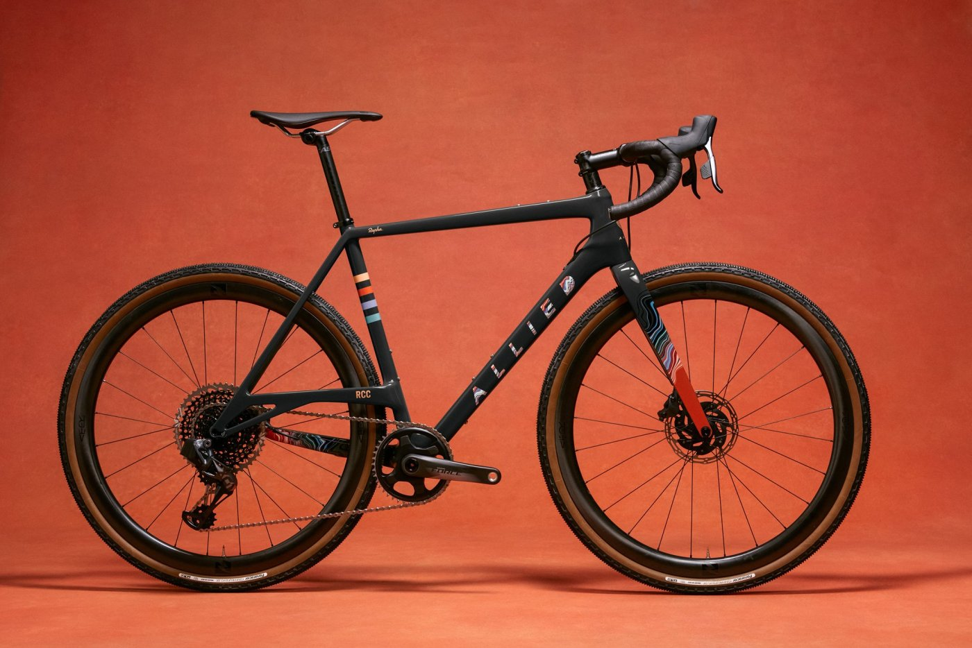 Rapha and Allied Cycle Works and Colin Strickland Come Together on Limited Edition Able Gravel Bike 3