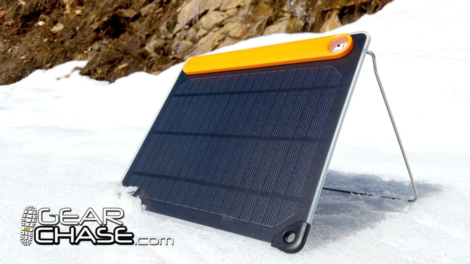 BioLite SolarPanel 5 Stand in Snow