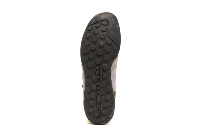 GearChase.com---Five-Ten-Guide-Tennie-Canvas-Review---Bottom-Shoe-Grip-Sole