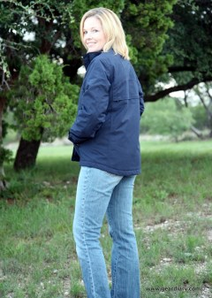 geardiary-scottevest-fall-2010-go2-jacket - and - lightweight-vest-11