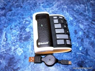 EFO_GadgetShop_Roll-able_BT_Keyboard-1