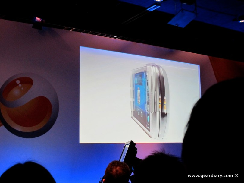 geardiary-chipchick-sony-ericsson-mobile-word-congree-pro-neo-play-16