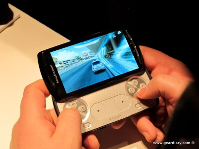 geardiary-chipchick-sony-ericsson-mobile-word-congree-pro-neo-play-96
