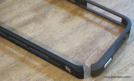 geardiary-iphone4-element-case-vapor-pro-4