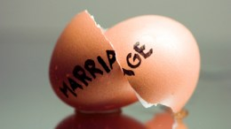 Random Statistic: Married Households No Longer a Majority