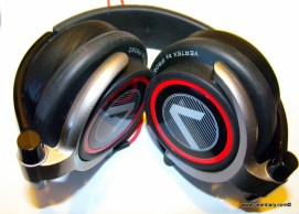 Review: iFrogz Vertex Headphones with Mic  Review: iFrogz Vertex Headphones with Mic  Review: iFrogz Vertex Headphones with Mic  Review: iFrogz Vertex Headphones with Mic  Review: iFrogz Vertex Headphones with Mic  Review: iFrogz Vertex Headphones with Mic