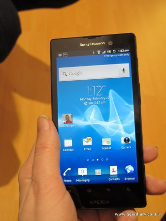 geardiary-sony-xperia-ion-and-xperia-p-mobile-phones-1