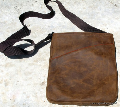 geardiary-waterfield-indy-ipad-bag