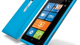 Nokia Lumia 900 Free for AT&T Customers After $100 Rebate