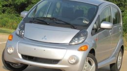 Plugging Into the 2012 Mitsubishi i-MiEV