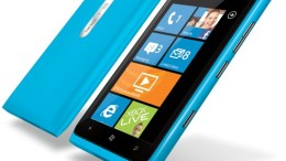 GearDiary Nokia of America Exec Says 'Plenty of Life Left' for Lumia 900, Do You Agree?