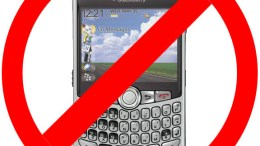GearDiary Another Step in RIM Death-Spiral As Yahoo! Offers Employees Any Smartphone EXCEPT Blackberry!