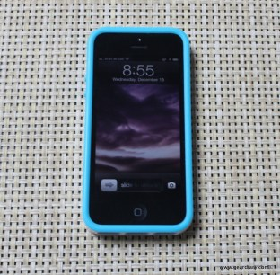 Gear-Diary-Incipio-Stowaway-iPhone-5.02.jpg