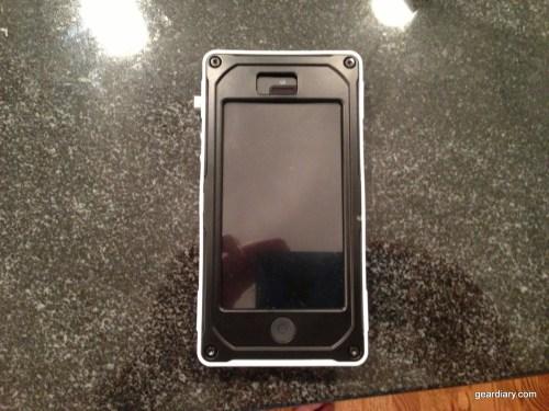 Pelican ProGear Vault Series iPhone 5 Case Review  Pelican ProGear Vault Series iPhone 5 Case Review