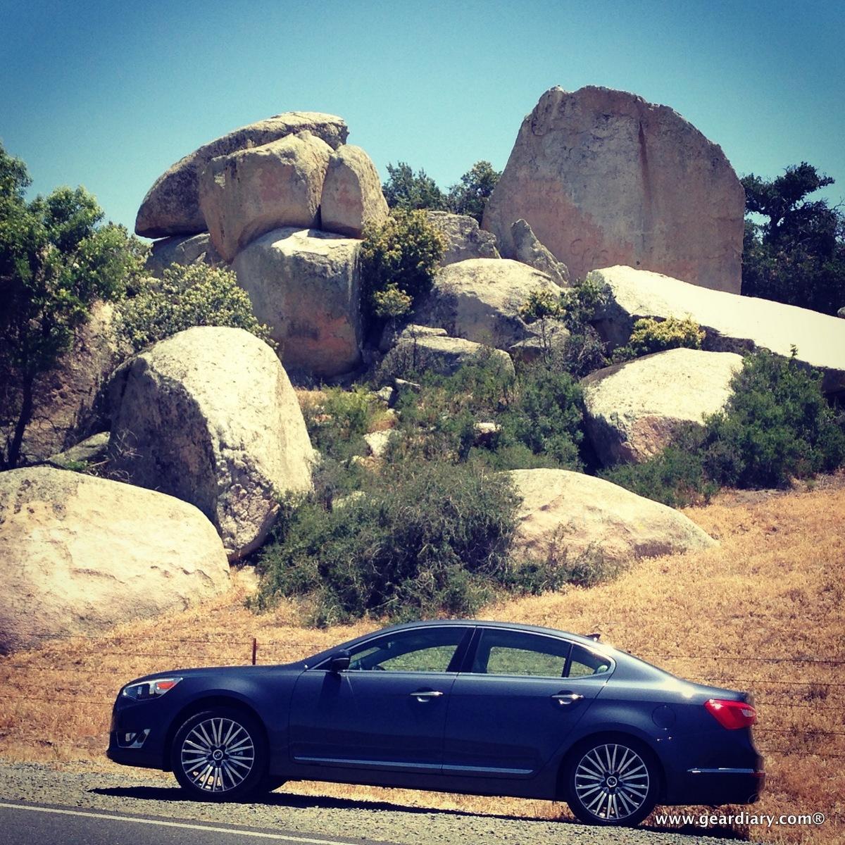 2014 Kia Cadenza Interior: 2014 Kia Cadenza Stylishly Conquers The Pacific Coast